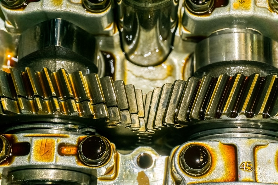 What are the different types of lubricant?