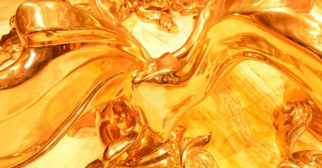 difference between synthetic and mineral based hydraulic oil